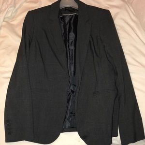 Liz Claiborne Suit Women's Size 4 Gray in a set
